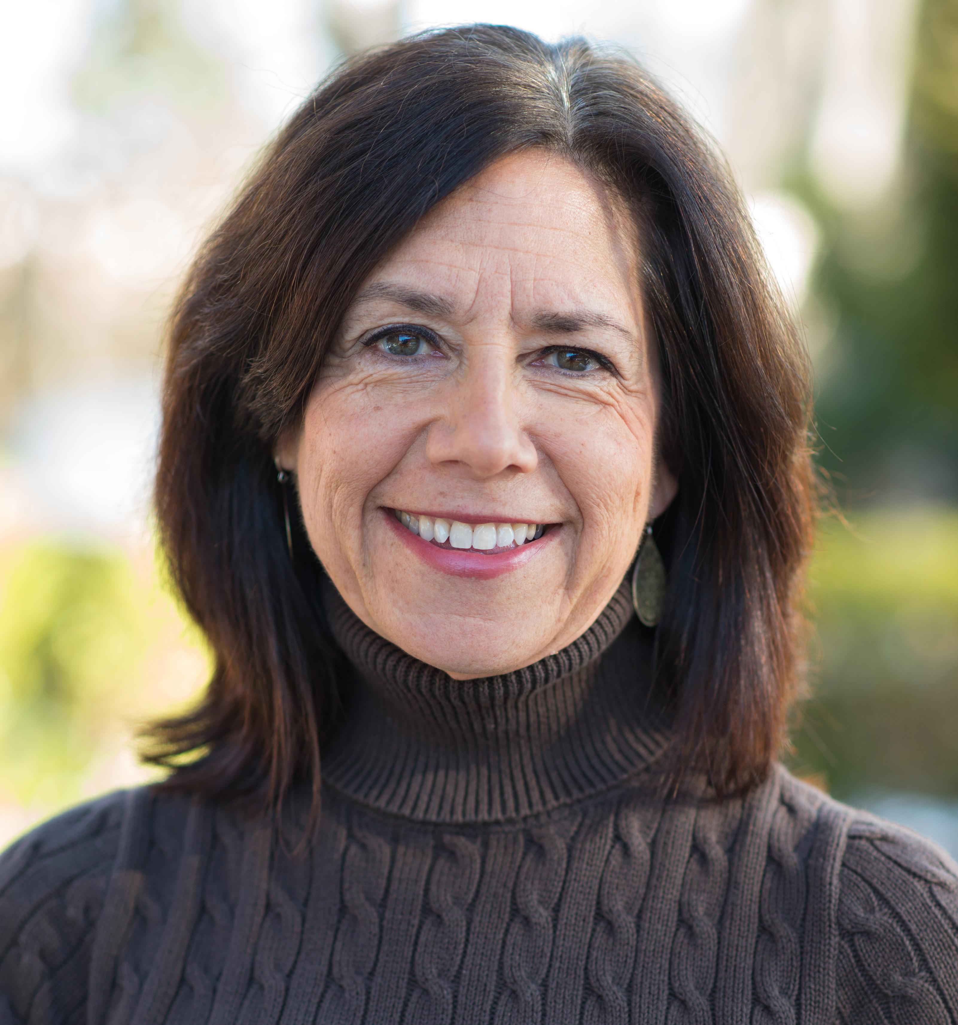 Dr. Jayne Pelletier